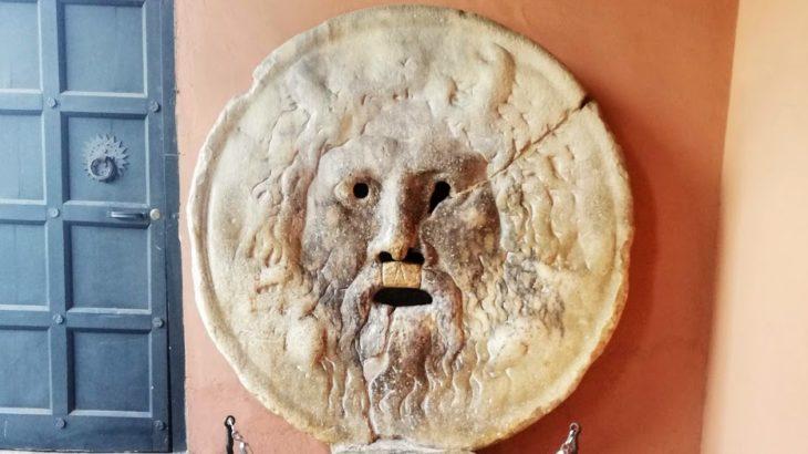 【2019年】真実の口で「ローマの休日」を楽しむ!ローマ在住者が行き方や場所、営業時間のほか歴史、映画について詳しく解説!