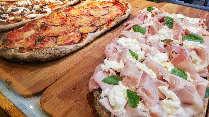イタリアでピザを簡単に食べる方法!ローマのおすすめ切り売り店も!